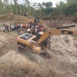 Tambang Pasir Darat Desa Tebon Longsor, Satu Orang Tewas