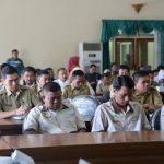 Rapat Perdana Bupati Bahas Persoalan Program Kerja