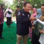 Sertifikat Program Jokowi Diserahkan Kepada Warga