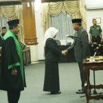 Ketua DPRD Tuban Lantik Anggota PAW Golkar