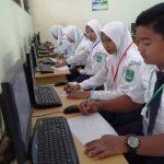 Wabup Tuban Pantau UNBK SD/ SMP di 3 Kecamatan