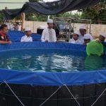 UPZ Semen Indonesia Salurkan Bantuan Kolam Lele Pada TPQ