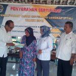BPN Serahkan 5.559 Sertifikat PTSL ke Warga Desa Kunci