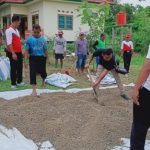 Perhutani KPH Padangan Latih Petani Produksi Pupuk Kompos