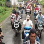 Jalan Rusak Parah Tak Diperbaiki, Warga Desa Rahayu Ancam Blokir Akses Jalan Pertamina